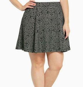 Torrid black and metallic silver skirt New